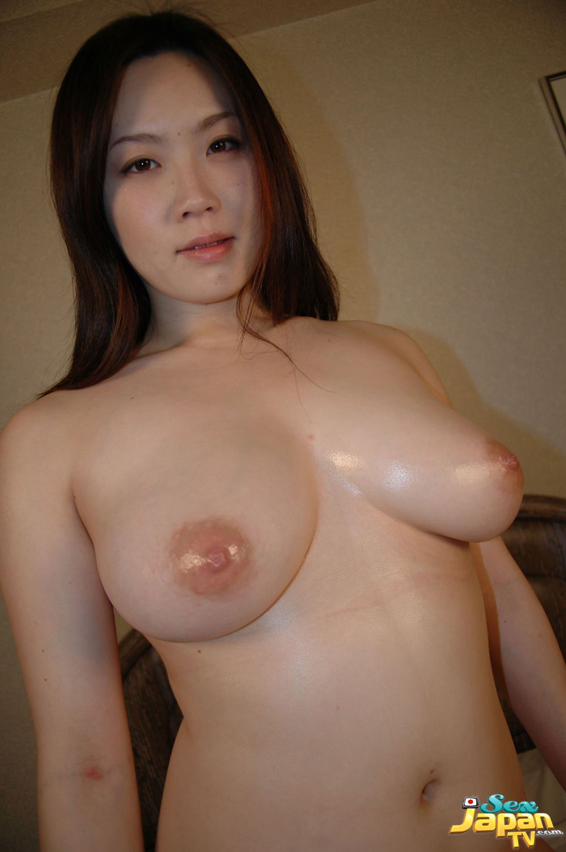 Asian sucks and swallows