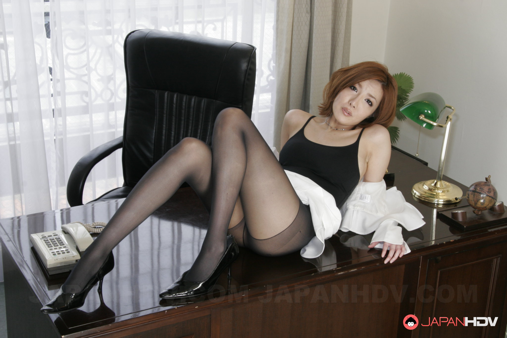 Shaved Japanese Teen Pussy