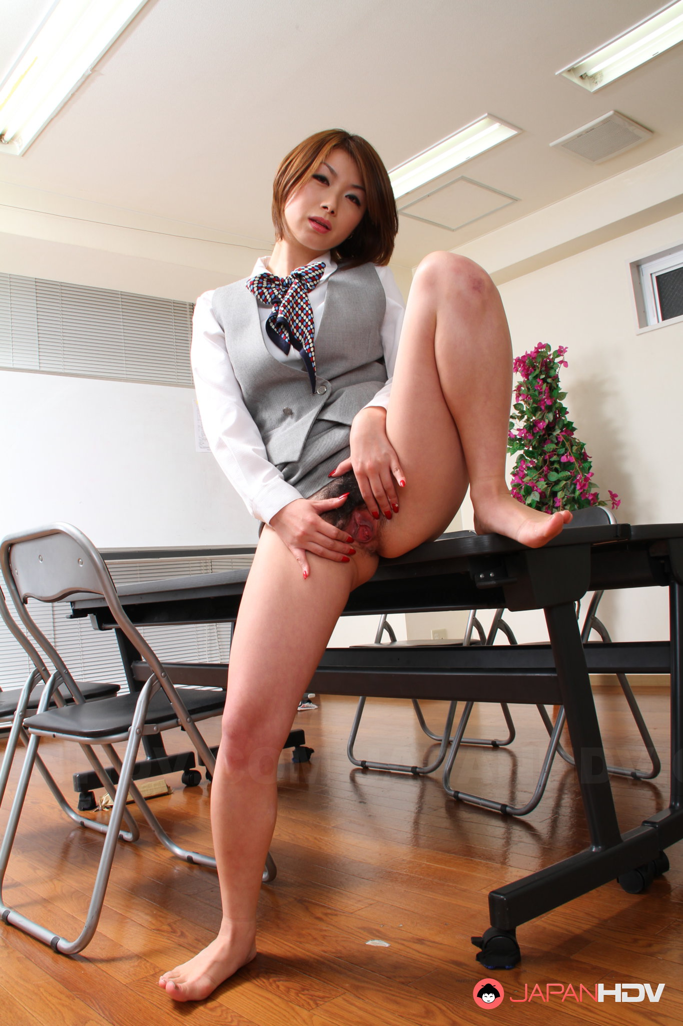 Japanese office ladies porn