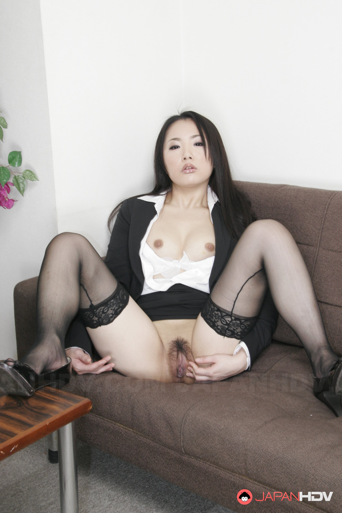 Japanese show pussy