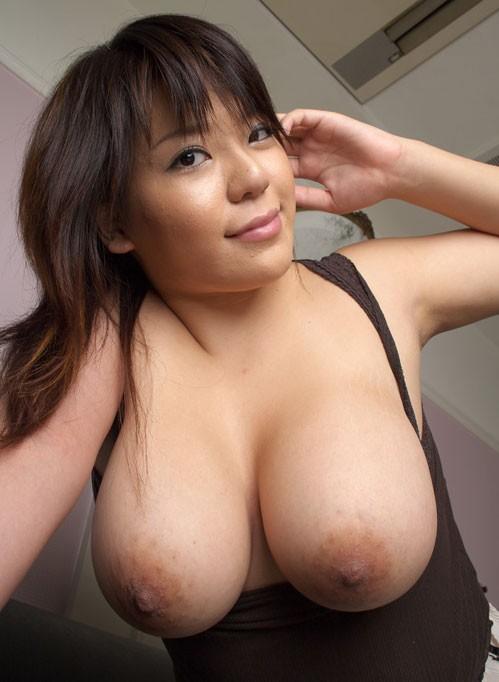 huge natural japanese boobs