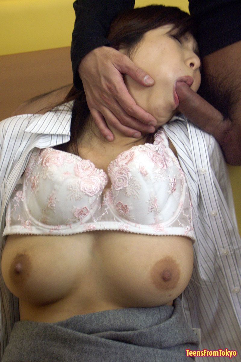 Young japanese girl fucked